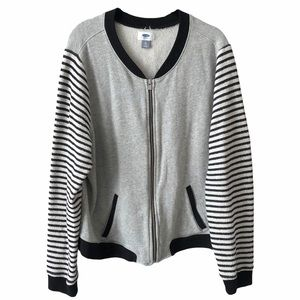 Grey with Striped Sleeve Sweater XL